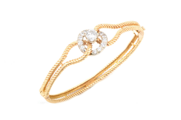 18K Rope Design Bangle Bracelet with Diamond Center