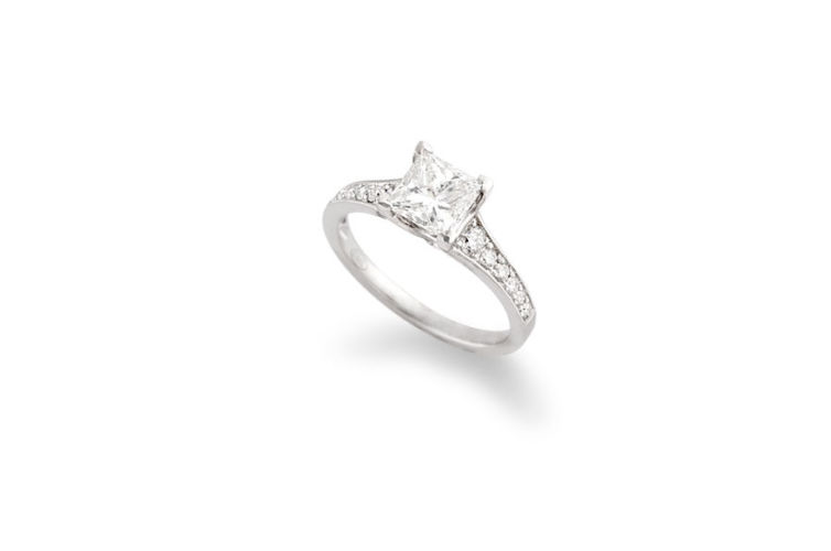 18K Princess Cut Diamond Engagement Ring