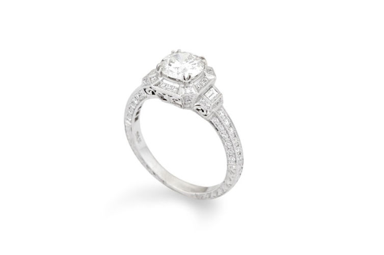 14K Round Brilliant Cut Diamond Antique Engagement Ring