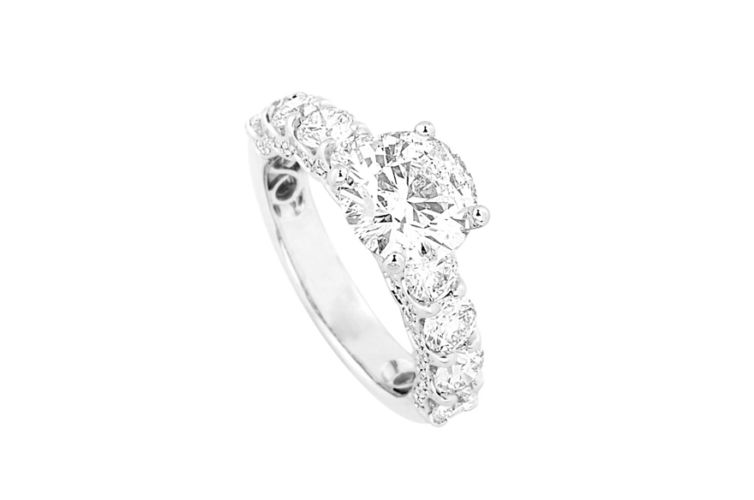 18K Round Diamond Ring with Diamond Band