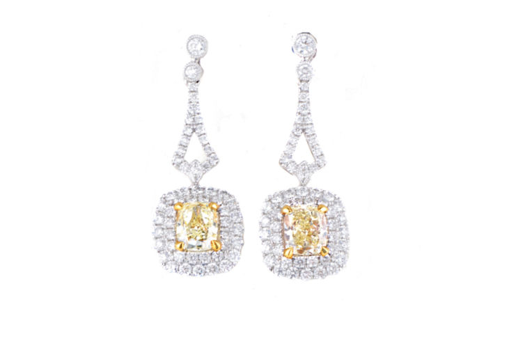 18K Fancy Light Yellow Diamond Dangle Earring