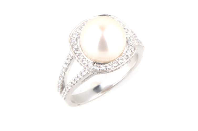 14K Pearl with Cushion Diamond Halo Ring